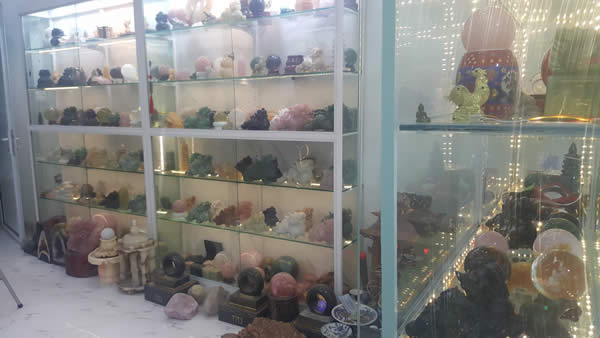 cửa hàng phong thủy uy tín, chất lượng tại Hà Nội