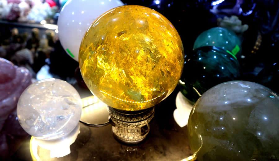 quả cầu phong thủy