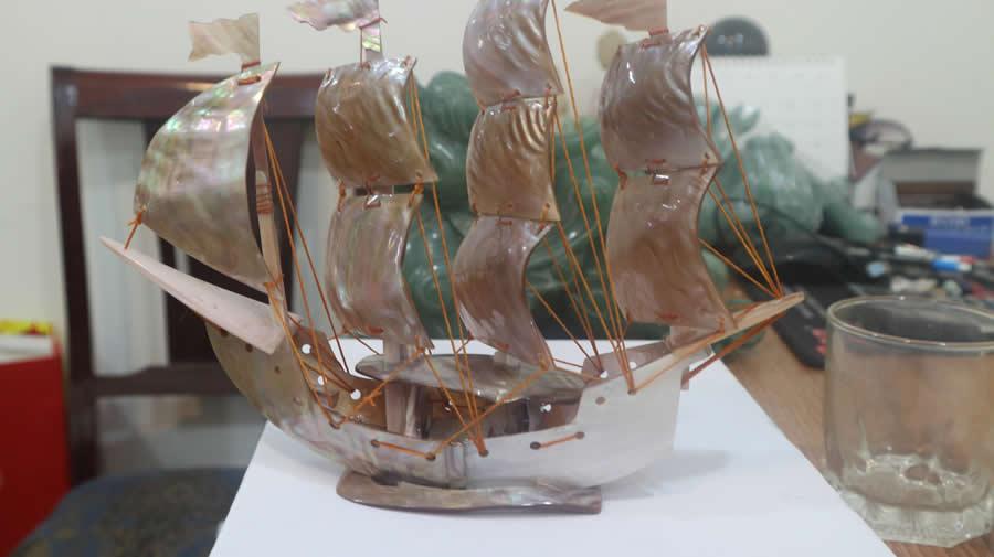 thuyền rồng phong thủy